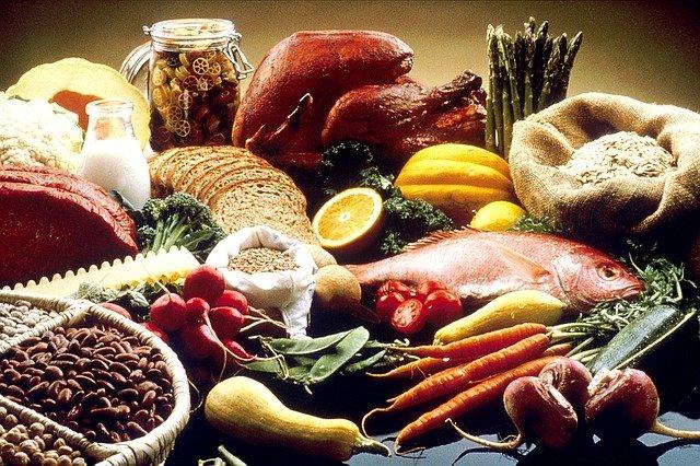 Продукты, повышающие и понижающие риск рака груди