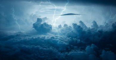 Что произойдет, если в самолет ударит молния