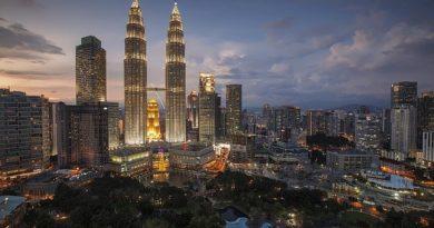 Малайзия намерена открыться для туристов