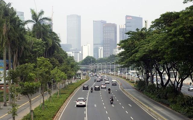 Столица Индонезии уходит под воду на 25 см в год