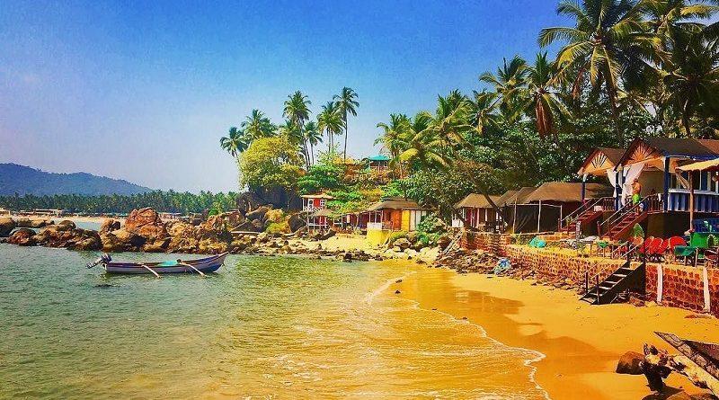 Гоа: за распитие алкогольных напитков на пляже - штрафуют!
