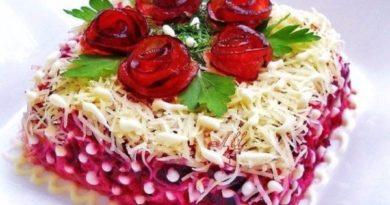 Королевский салат с курочкой и свеклой
