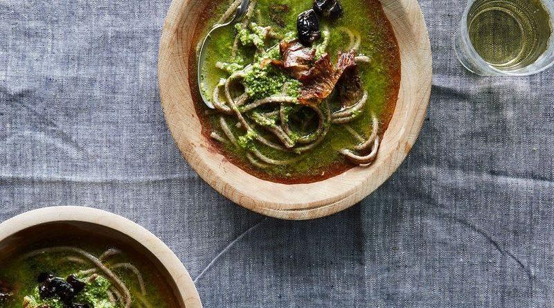 Пикантный зеленый суп