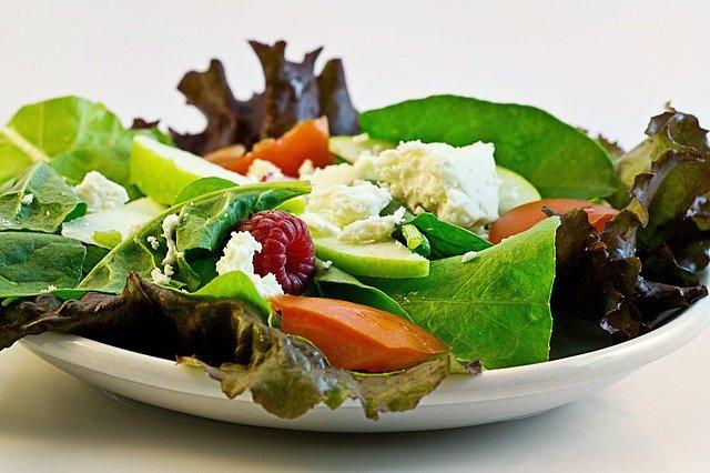 Режим правильного питания: здоровое питание по часам