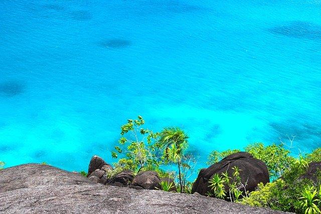 Сейшельские острова открыты для вакцинированных туристов со всего мира