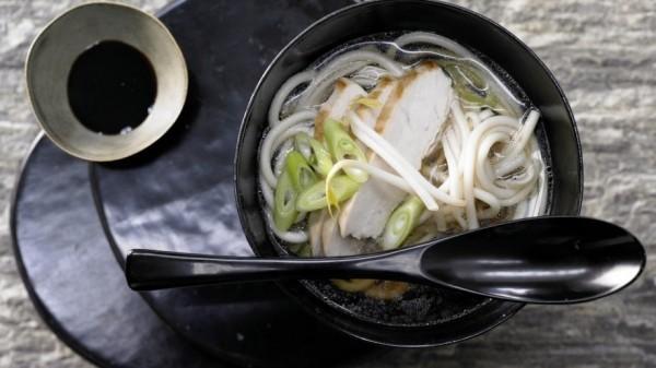 Суп с лапшой и куриной грудкой в соусе Терияки