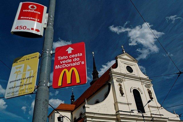В какой стране мира самый вкусный Макдональдс?