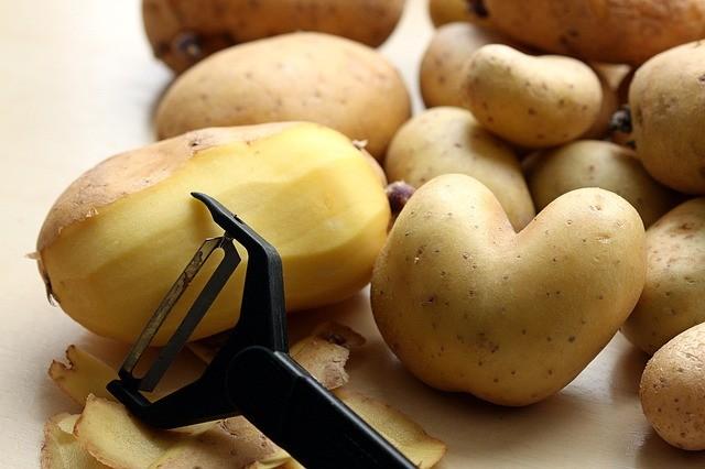 Чем полезна кожура картофеля: факты, о которых не знают
