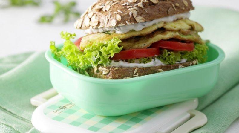 Гамбургер-омлет с цукини