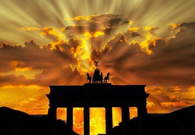 Германия продлила локдаун до 07.03.2021