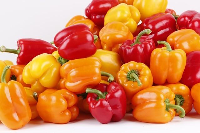 Как правильно выбрать болгарский перец в магазине