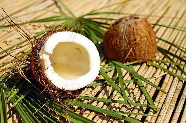 Как выбрать вкусный кокос: 5 вещей, на которые стоит обратить внимание перед покупкой
