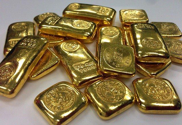 Стоит ли вкладывать в золото в 2021 году? Как оно вырастет в цене - прогноз