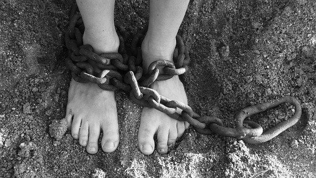 В каких странах до сих пор существует рабство и сколько стоит человек?