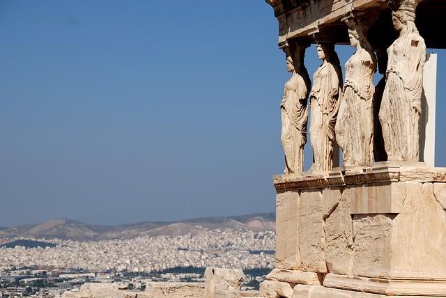 Власти Греции озвучили сроки начала туристического сезона