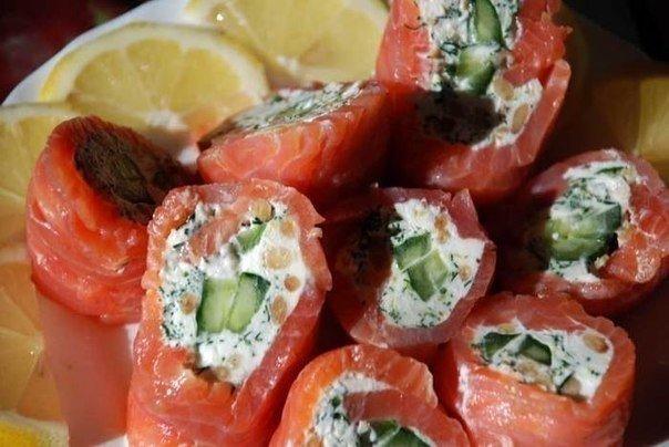 Закусочные рулеты из красной рыбы: ТОП-6 рецептов