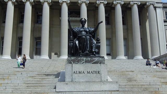 Как поступить в Columbia University российскому школьнику?
