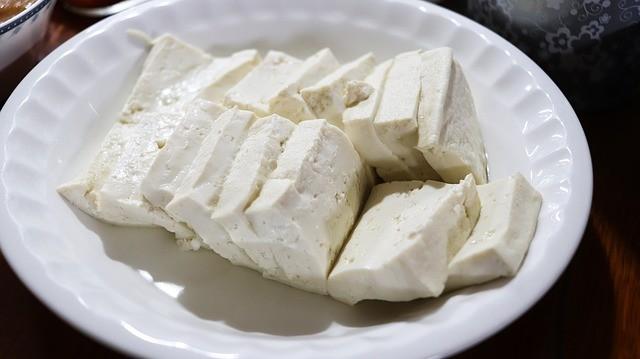 Кому рекомендуется есть сыр тофу