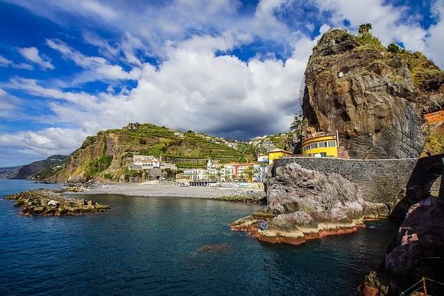 Мадейра открыта для туристов, прошедших вакцинацию