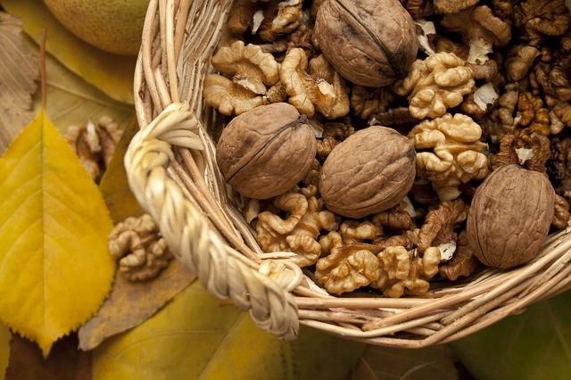 Зачем нужно замачивать орехи, купленные в магазине