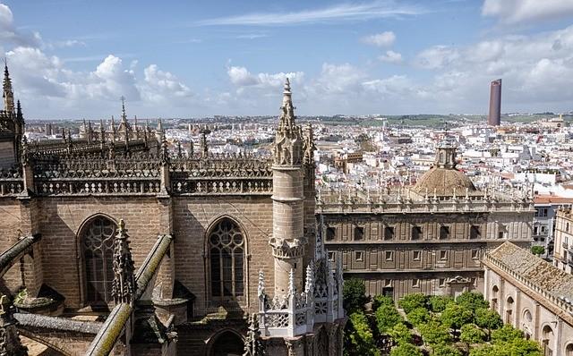 В конце лета Испания намерена открыться для граждан РФ