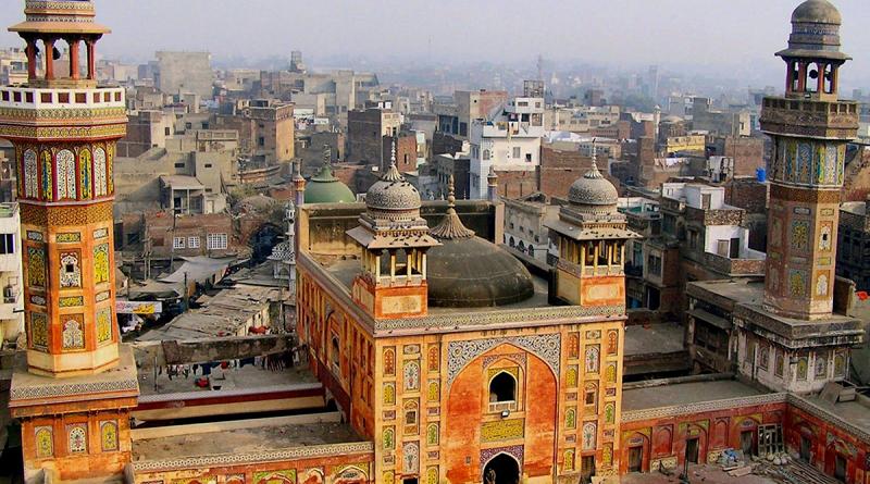 Пакистан: непривитым от COVID-19 блокируют SIM-карты