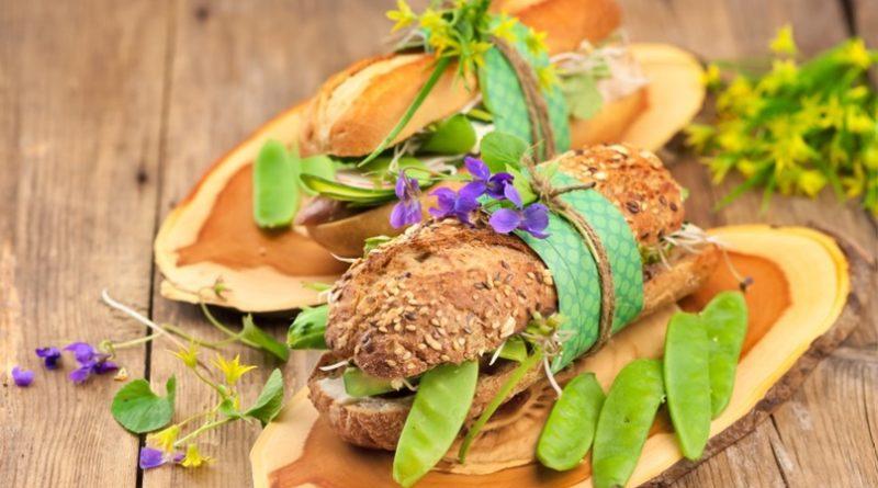 Сэндвич с копченой индейкой