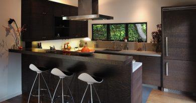 Барные стулья для кухни: как их правильно выбрать?