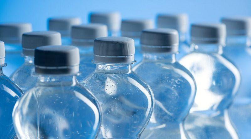 Оборудуем водосток с использованием пластиковых бутылок