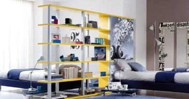 Металлические стеллажи: идеальное решение для зонирования комнаты