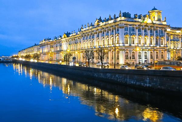 В Санкт-Петербурге вводят QR-коды для посещения общественных мест